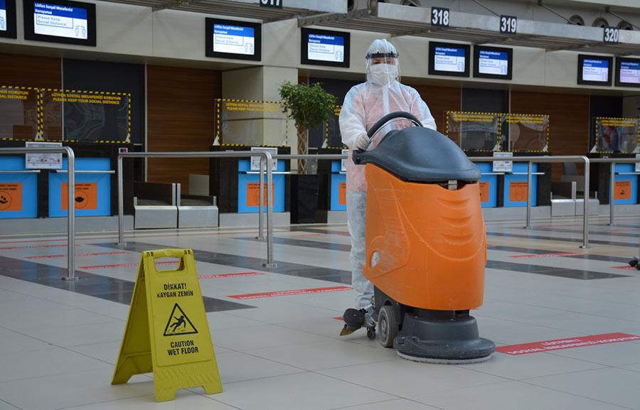 меры по предотвращению Ковид 19 в аэропорту Анталии